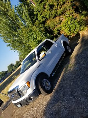 Ford f150 lariat for Sale in Salem, OR