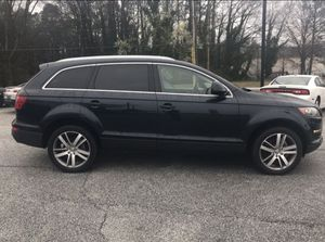 2008 AUDI Q7 PARTS ONLY, JUST BODY PARTS. PRICE IS NOT FOR WHOLE CAR. for Sale in Austell, GA