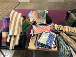 Rugs and tablecloths and kitchen gadgets for Sale in Las Vegas, NV