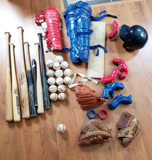 Kids Baseball Gear, Gloves, Pads, Bats, Mound for Sale in Willow Springs, IL
