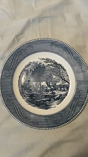 "10"" Royal Currier & Ives dinner plate for Sale in Evansville, IN"