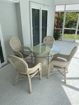 Patio Glass Table and 4 Chairs for Sale in Boca Raton, FL