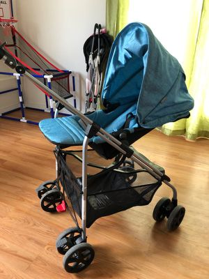 Stroller for Sale in Bunker Hill, WV