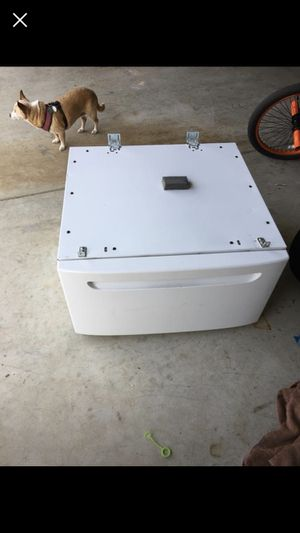 Pedastol for front load washer for Sale in Lompoc, CA