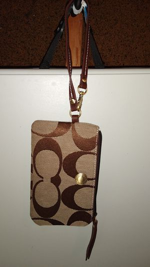 Coach Wristlet for Sale in Dublin, OH