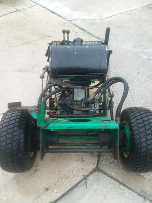 LESCO LAWNMOWER (PARTS ONLY NO ENGINE- BLEW ENGINE) for Sale in West Palm Beach, FL