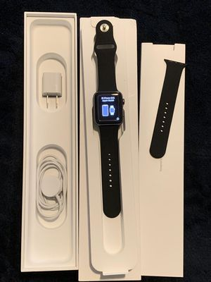 Apple Watch Series 3 42mm Nike Gps Cellular Unlocked Space gray aluminum /w Black band & box for Sale in Doral, FL