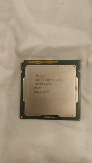 Intel Core i5-3550 3.30ghz/Computer procesor/Computer parts. for Sale in Chicago, IL