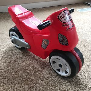 STEP 2 RED MOTORCYCLE RIDE-ON BALANCE BIKE FOR AGES 2-5 for Sale in Indianapolis, IN