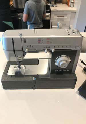 Singer CG-550 C (Commercial Sewing Machine) for Sale in St. Petersburg, FL