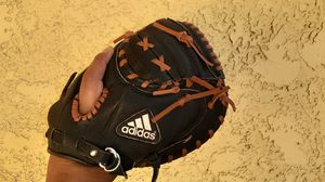Youth catchers glove for Sale in San Diego, CA