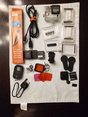 GoPro Hero 3 accessory for Sale in Englishtown, NJ
