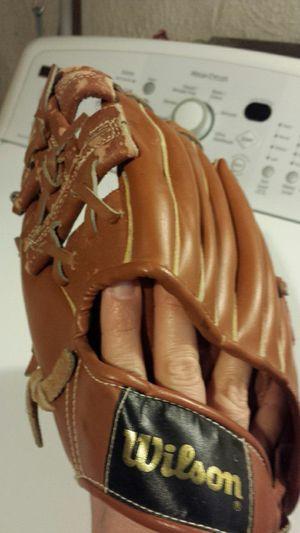 Left handed kids baseball glove for Sale in Philadelphia, PA