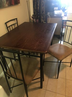Dining room table for Sale in Alexandria, VA