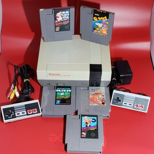 Original Nintendo Nes With Brand New 72 Pins for Sale in Happy Valley, OR