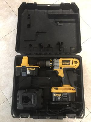 Dewalt xrp 18v electric power tool with 2 batteries charger and case for Sale in Severn, MD