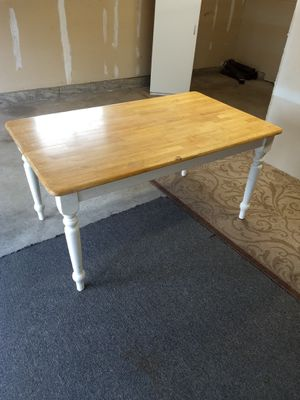 Kitchen table .dining table for Sale in Marysville, WA