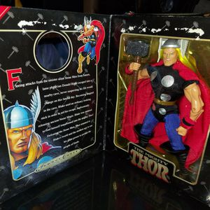 1998 Action Figures.. THOR, Capt. America and Dr. Doom for Sale in Bonita, CA