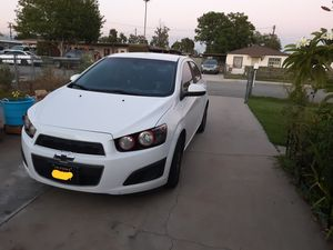 2014 chevy sonic LT for Sale in Fontana, CA