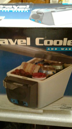 VECTOR TRAVEL COOLER AND WARMER NEVER USED for Sale in Federal Way, WA