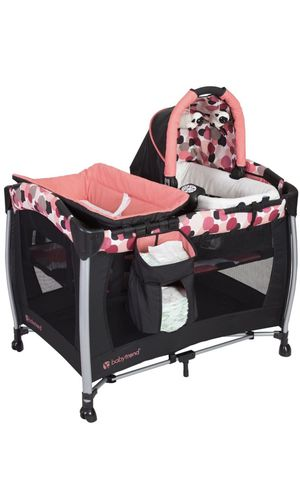 Crib for baby. 5 in 1 newborn station, infant bassinet and toddler playard, changing table and separate bassinet with electronic music device for Sale in Tracy, CA