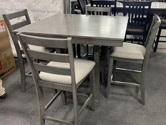 5-pc Dining Table On Sale 🔥 for Sale in Fresno,  CA