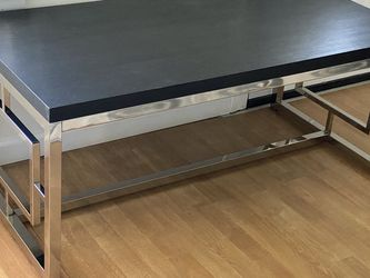 Modern Coffee Table for Sale in Taylor,  MI