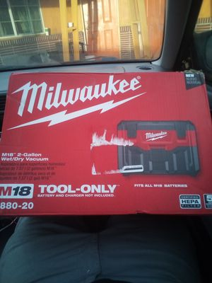 Milwaukee wt-dry vac for Sale in Stockton, CA