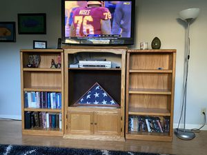 TV entertainment center for Sale in Auburn, WA