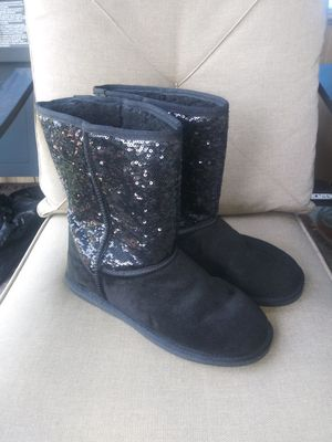 Women's Lamo Boots for Sale in McKeesport, PA