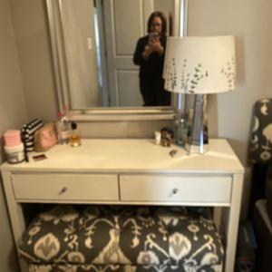 Chest Of Drawer , Mirror & Side Light for Sale in Ashburn, VA