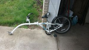 Wee-ride tag along children's bike. Attaches to adult bike. All hardware included. for Sale in Mount Gilead, OH