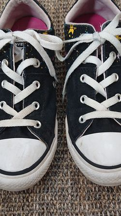 Kids converse shoes ( size 3) for Sale in Arvada,  CO