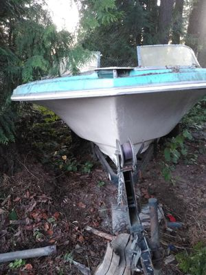 Boat with 20ft trailer need to move ASAP $99 for Sale in Arlington, WA