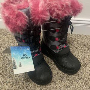 Winter Snow Boots Girls Size 1 for Sale in Hendersonville, TN