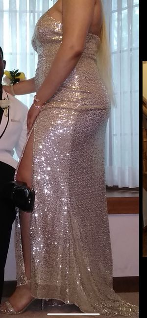 Classic Gold Sparkle Dress for Sale in Florissant, MO