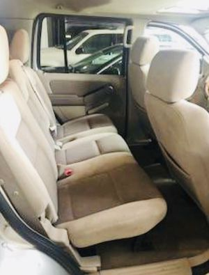 Ford Explorer XLT for Sale in Chicago, IL