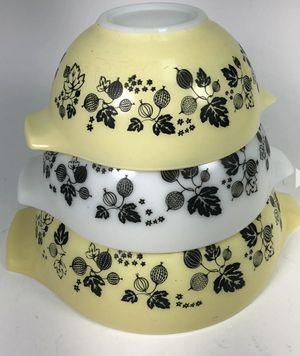 Pyrex bowl set for Sale in Zephyrhills, FL