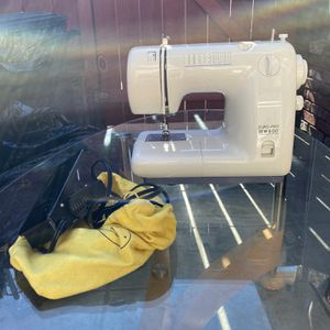 Sewing Machine for Sale in San Leandro, CA