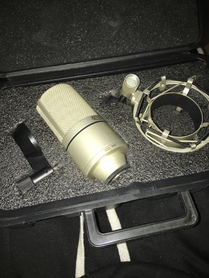 MXL 990 Condenser Microphone for Sale in Fort Washington, MD