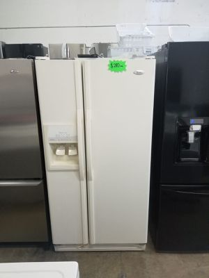 """WHIRLPOOL REFRIGERATOR 36"""" Works great and warranty for 3 month Funcionando bien y garantía de 3 meses Delivery and installation available for Sale in Hialeah, FL"""