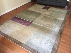 Large 8 x 10 area rug for Sale in Lincolnia, VA