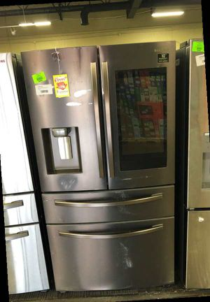 Samsung Family Hub Refrigerator (Reduced Price) D2RF5 for Sale in Irving, TX