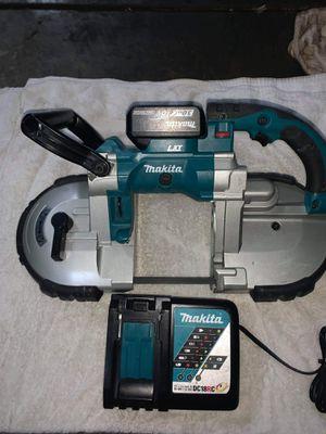 vendo vensow makita con batería I cargador incluido for Sale in San Jose, CA