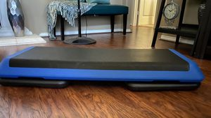 """Health Club Size 42"""" Workout Step w/2 risers for Sale in Arlington, TX"""