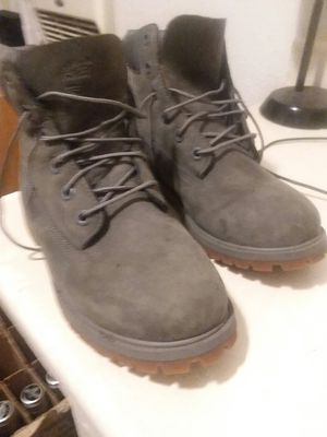 Size 6 &1/2 Timberland OLIVE GREEN for Sale in Dallas, TX