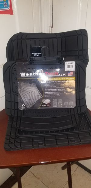 Weather tech 4 piece car floor mats. for Sale in Forest Heights, MD