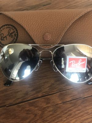 Genuine Brand new Ray-Ban aviator sunglasses! for Sale in Redondo Beach, CA