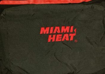 Miami Heat Travel/ Garment Bag for Sale in Pompano Beach,  FL