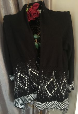 Knox Rose sweater shawl wrap front black with white tassels on bottom nice Spring cover sz small I ship check my other items !! for Sale in Northfield, OH